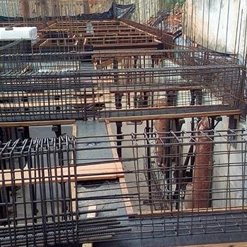 Industria Colunas de Ferro na Vila Formosa